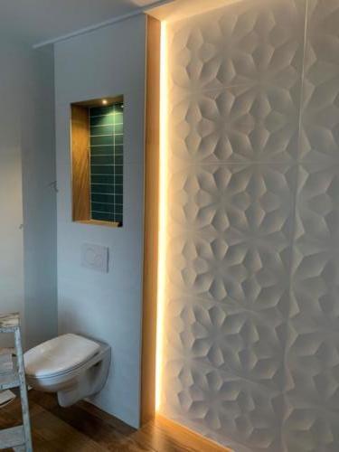 salle de bain carrelage 3 d et parquet (1)
